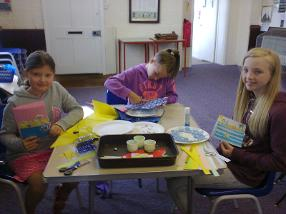 Messy church - 20 August 2016
